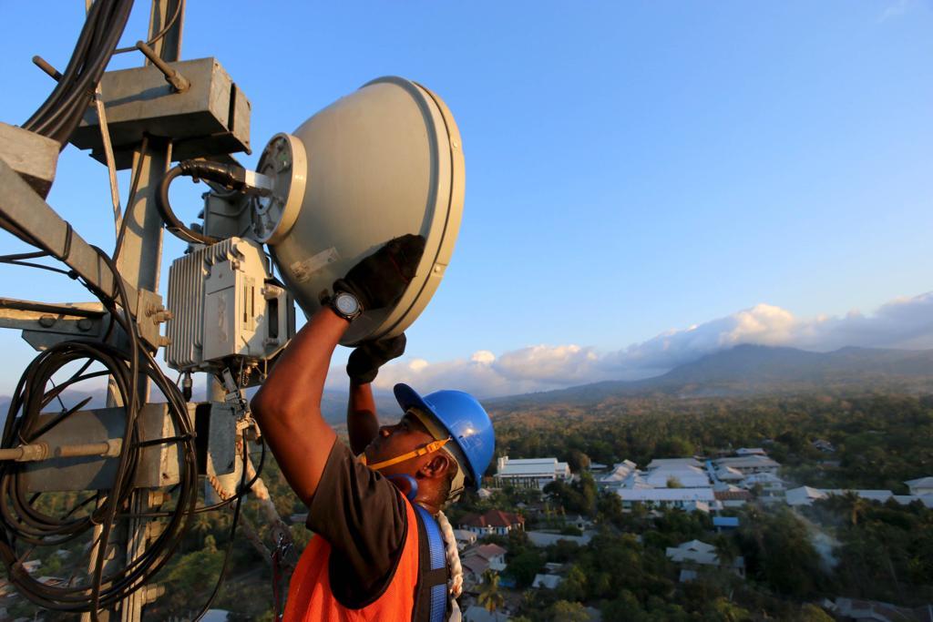 EXCL TOWR Investasikan Dana Rp 2,21 Triliun - Protelindo Rampungkan Akuisisi Menara XL | Neraca.co.id